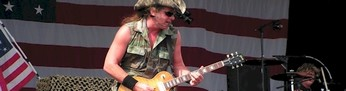 Ted Nugent tijdens Arrow Rock Festival (2006)